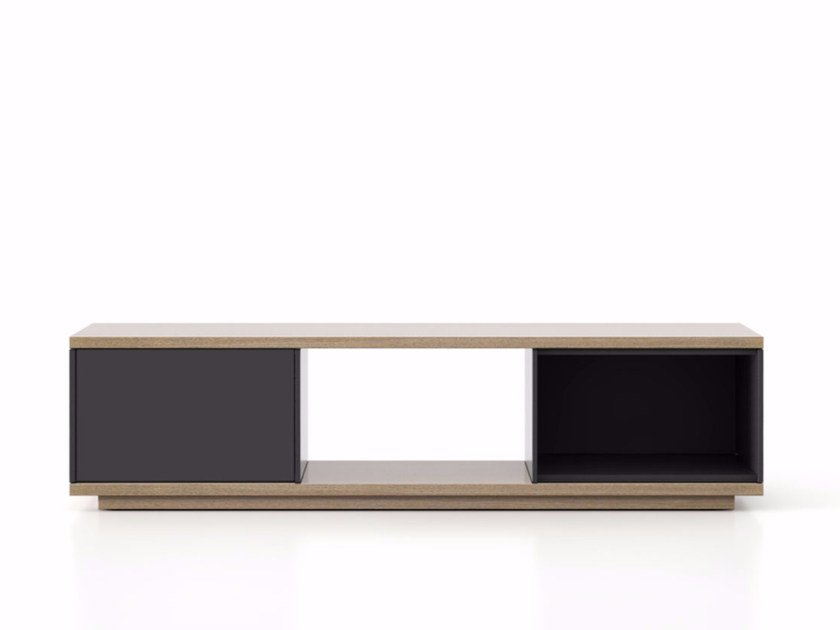 Lacquered wooden sideboard with doors SLT002 | Sideboard with doors by Punt