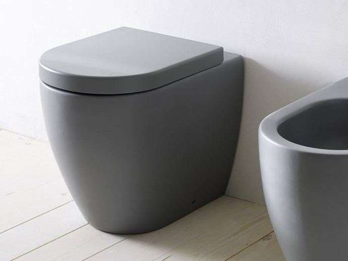 Floor mounted ceramic toilet SMILE | Toilet by Ceramica Cielo