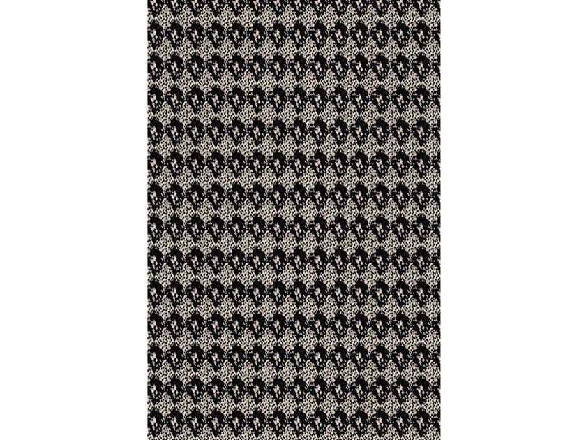Broadloom printed carpet SNAKE JET CREAM by Miyabi casa