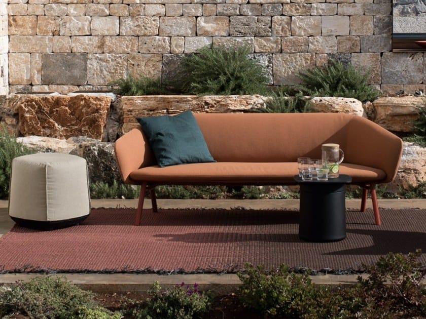 Sunbrella® garden sofa TUILE | Sofa by Kristalia