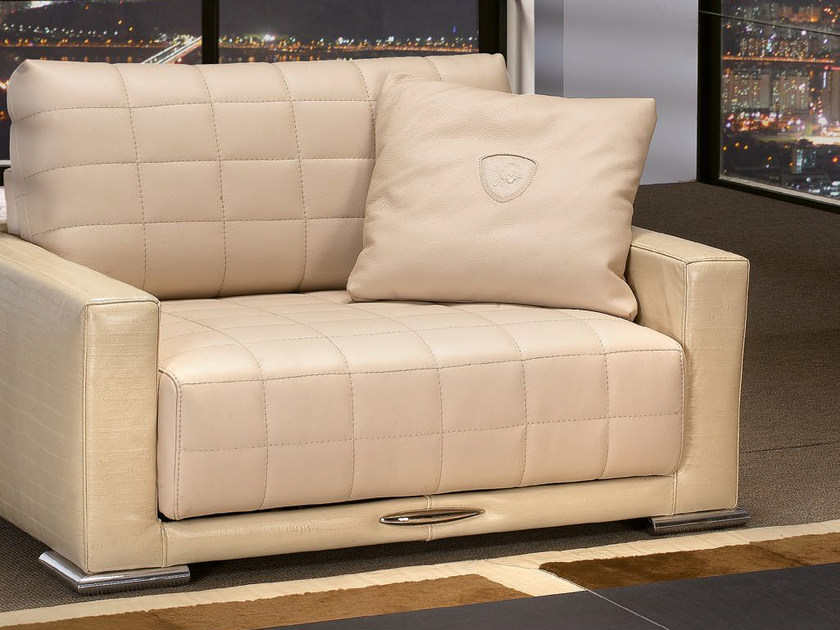 Poltrona imbottita relax in pelle con funzioni motorizzate BOOST   Poltrona by Tonino Lamborghini Casa