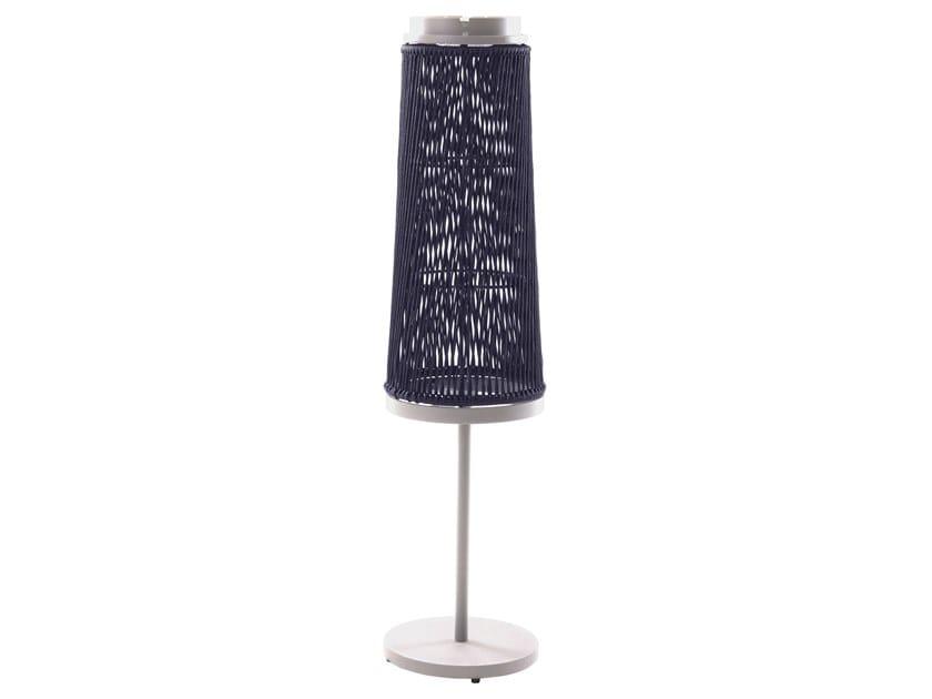 Lampada da terra per esterno a LED in corda poliolefinica SOLARE | Lampada da terra per esterno in materiale sintetico by Unopiù