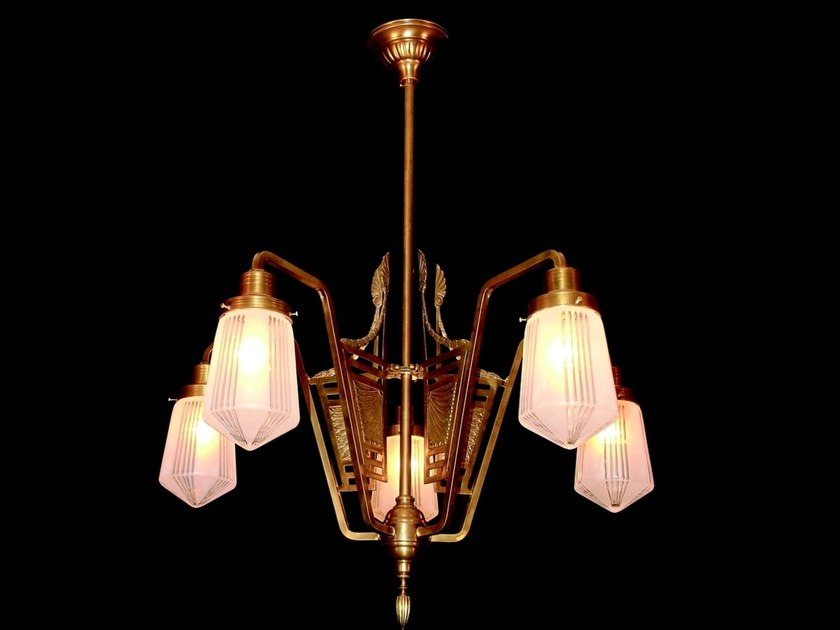 Direct light brass chandelier SOLO IV | Chandelier by Patinas Lighting