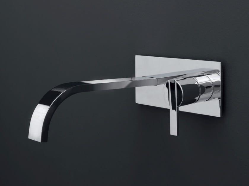 Wall-mounted single handle washbasin mixer SOLO | Wall-mounted washbasin mixer by Nic Design