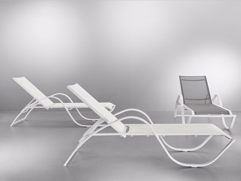 Recliner metal garden daybed with armrests SOLTA by MOBIKA GARDEN