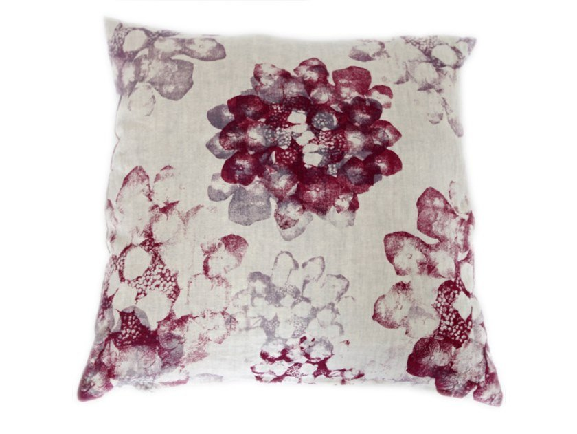 Linen cushion HORTENSA | Cushion by Birgit Morgenstern Studios