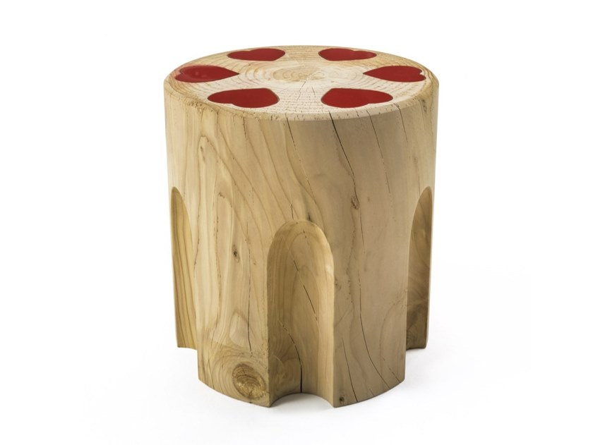 Low solid wood stool HEARTS-SHOTER by Riva 1920