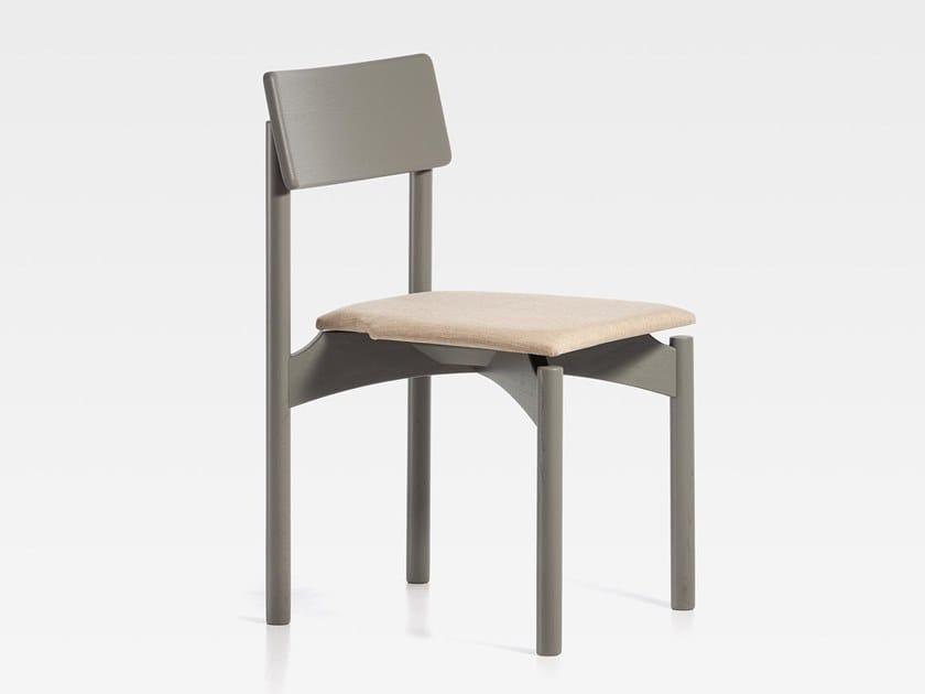 Sedia laccata in frassino con cuscino integrato SPAM   Sedia con cuscino integrato by SIPA