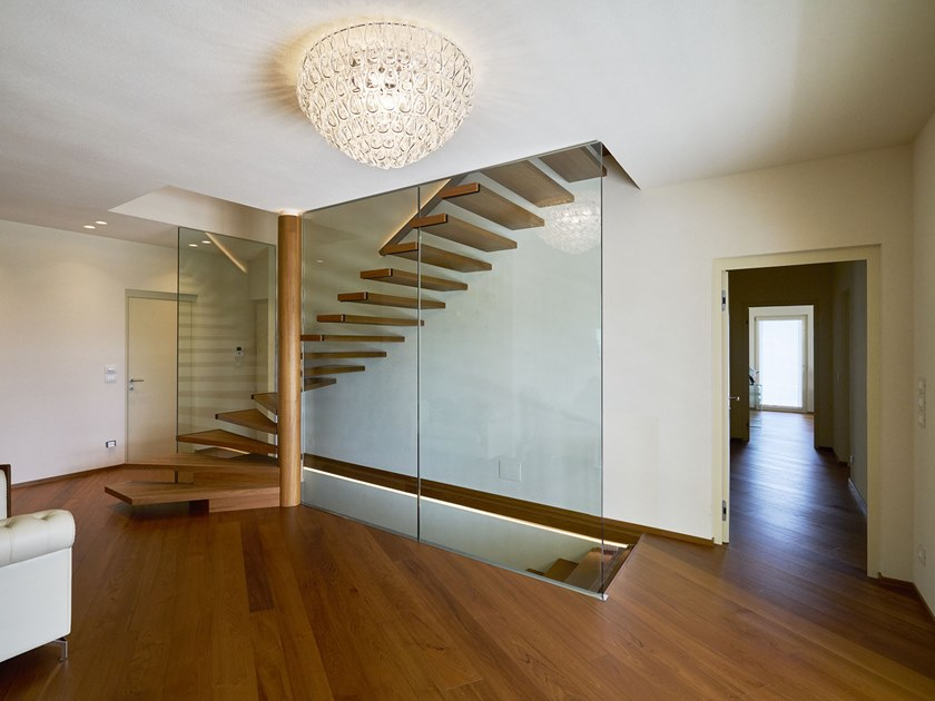 Wood and glass cantilevered staircase SPIKE by Siller Treppen