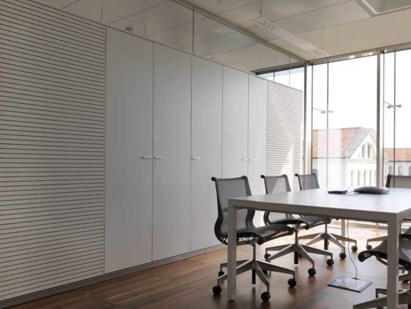 Wooden office storage unit with hinged doors SPLIT | Office storage unit by IOC
