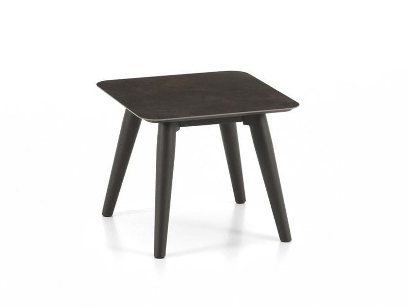 Square garden side table MOON ALU | Square coffee table by Talenti