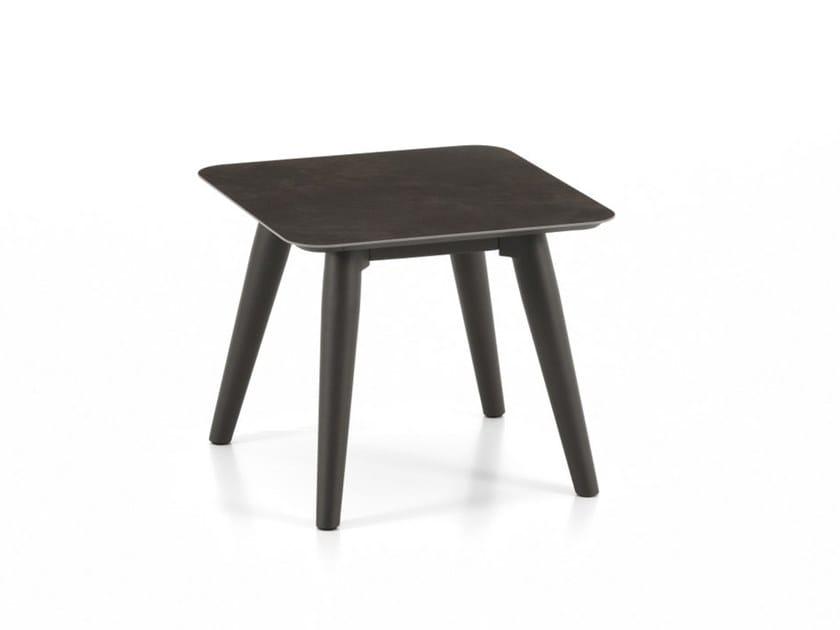 MOON ALU | Tavolino quadrato
