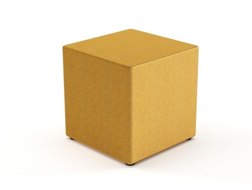 Pouf imbottito quadrato in tessuto GEOMETRY | Pouf quadrato by Grado Design