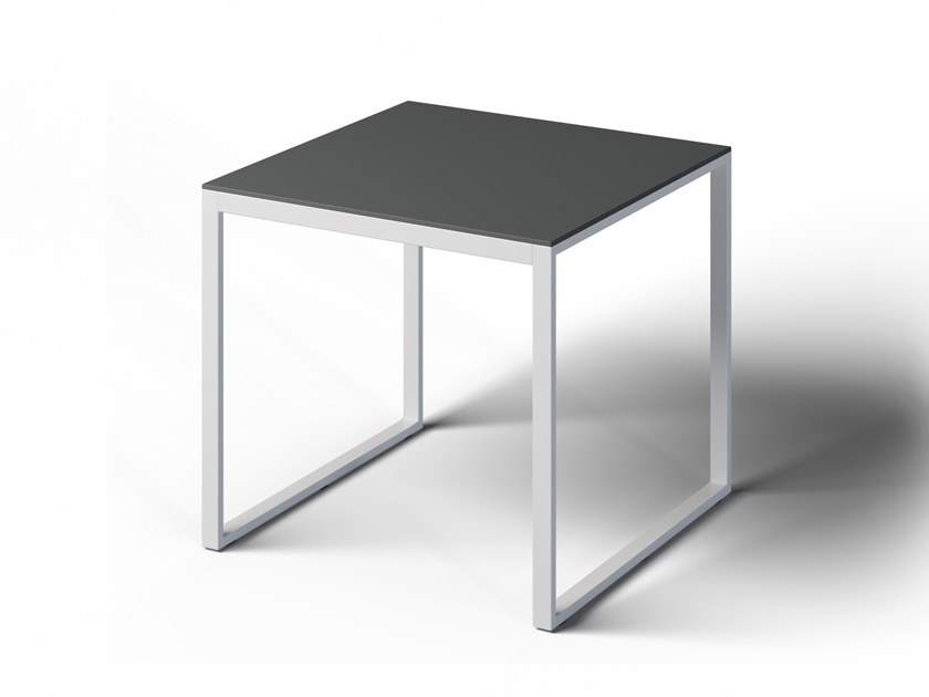 Square garden table FORMAL | Square table by Laubo