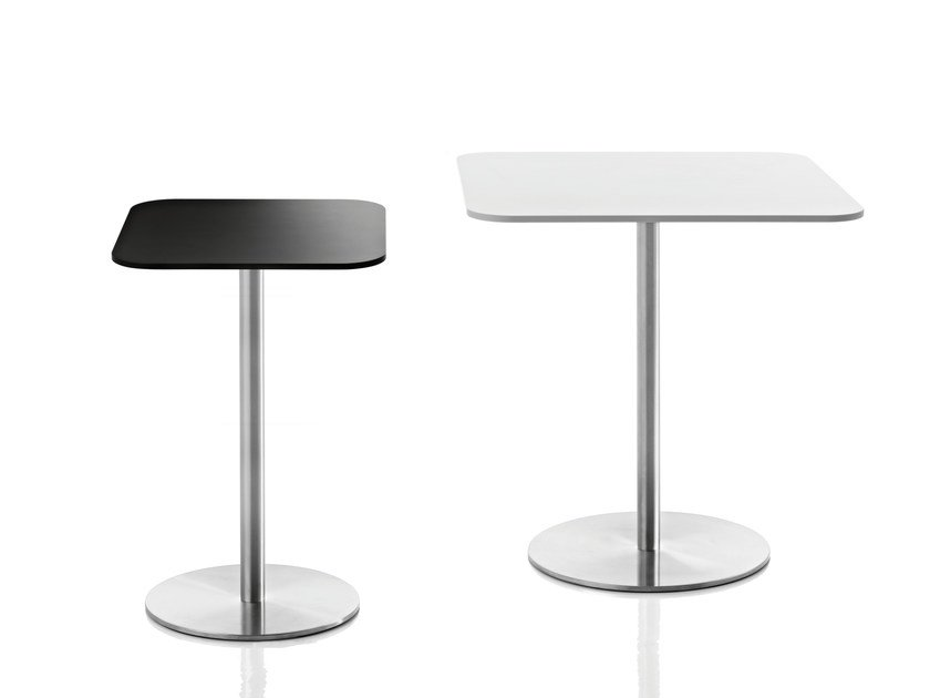 Square HPL table PASSE-PARTOUT | Square table by Magis