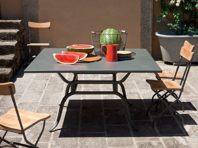 Square iron garden table AVALON | Square table by Unopiù