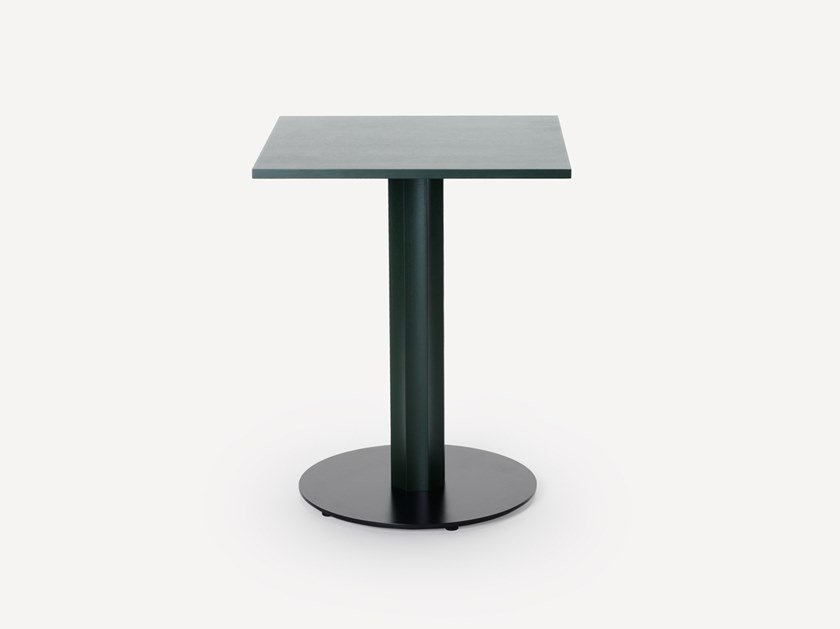 Square wooden table OC | Square table by Zilio A&C