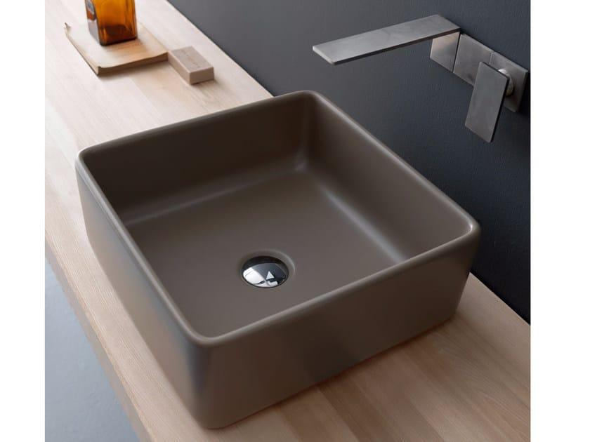 Countertop square ceramic washbasin SELFIE EARTH | Square washbasin by Alice Ceramica