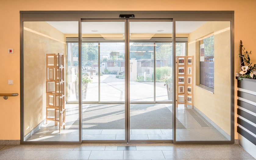 Glass Automatic Entry Door St Flex By Dormakaba