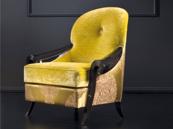 Upholstered fabric armchair with armrests ST132 | Armchair by Rozzoni