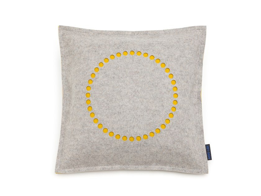 Square felt cushion STAMP CIRCLE | Square cushion by HEY-SIGN
