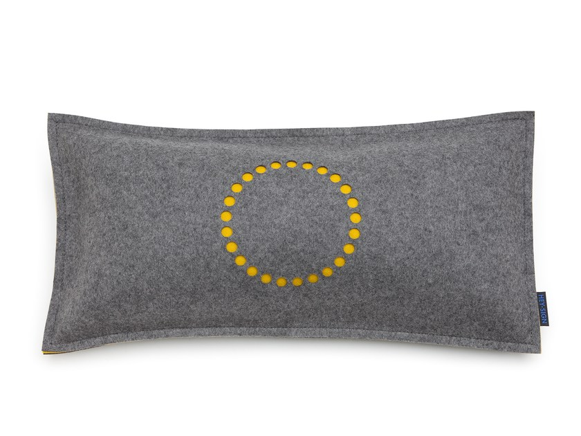 Rectangular felt cushion STAMP CIRCLE | Rectangular cushion by HEY-SIGN