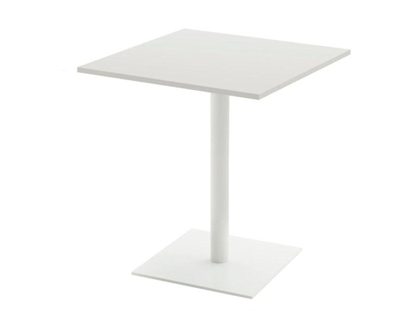 Square contract table STAN | Square table by Viccarbe