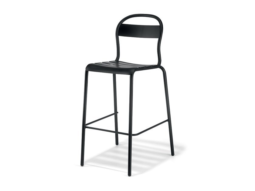 High stackable plate stool STECCA 5 by COLOS