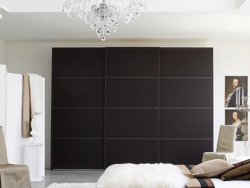 Tanned leather wardrobe with sliding doors STELO CUOIO by Silenia