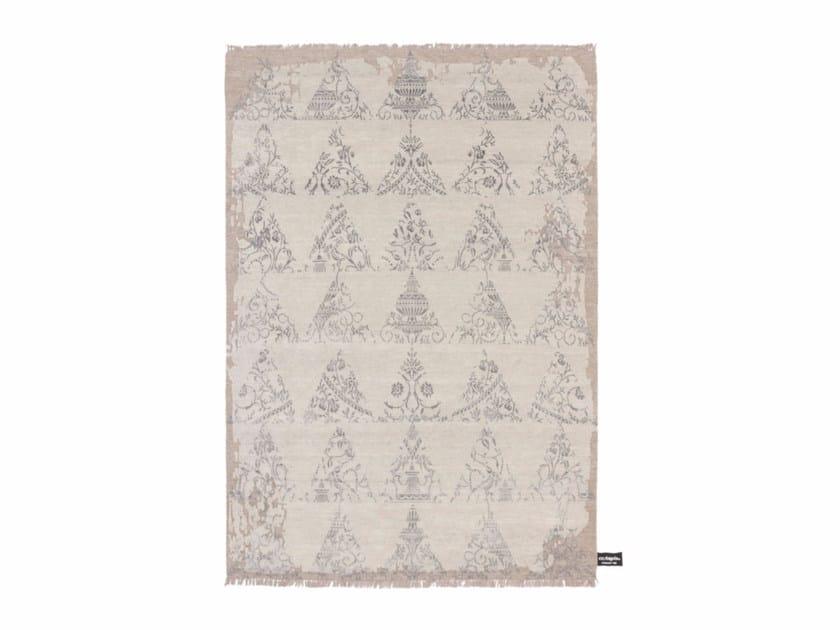 Handmade custom rug STENCIL by cc-tapis