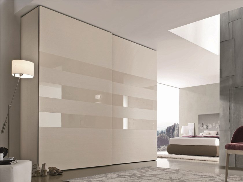 Lacquered wardrobe with sliding doors STEP 3 | Lacquered wardrobe by Gruppo Tomasella
