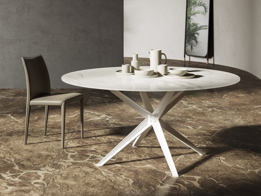 Round Marglas table STERN | Round table by JESSE