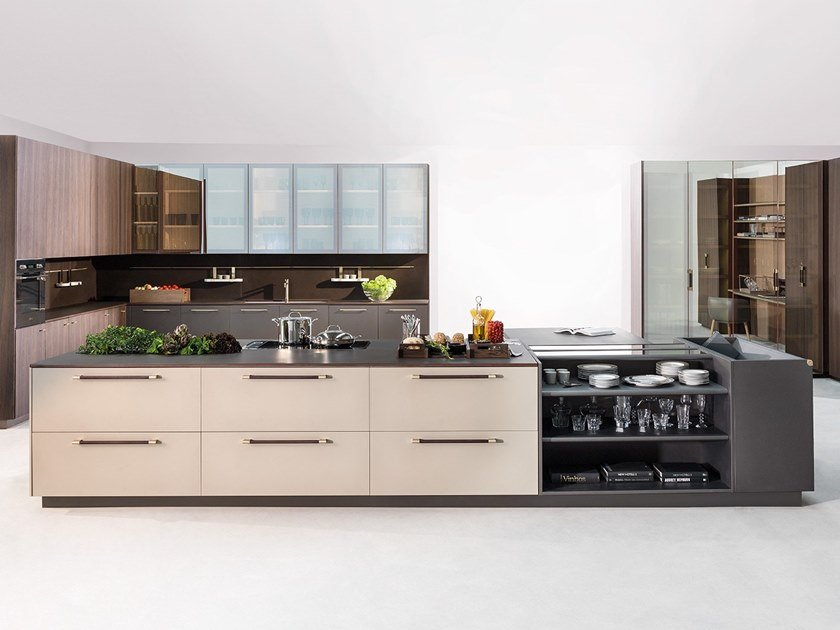 Fitted kitchen with island STILO | Kitchen by Ornare