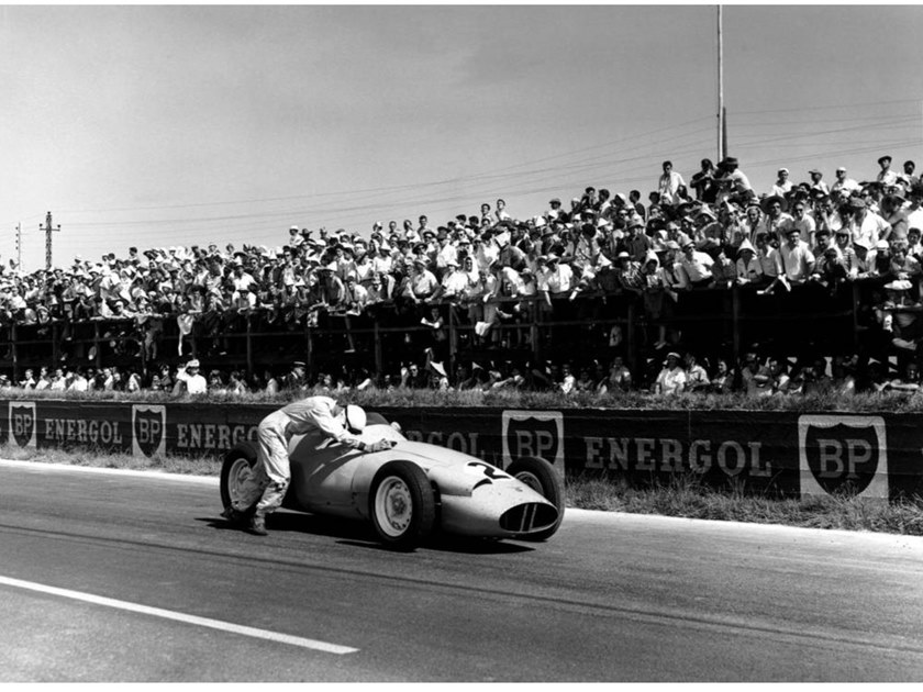 Stampa fotografica STIRLING MOSS DOWN by Artphotolimited