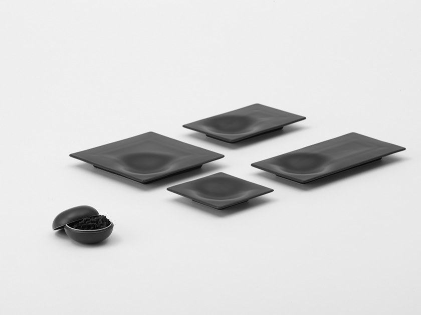 Square porcelain serving plate STONE | Serving plate by ZENS Lifestyle