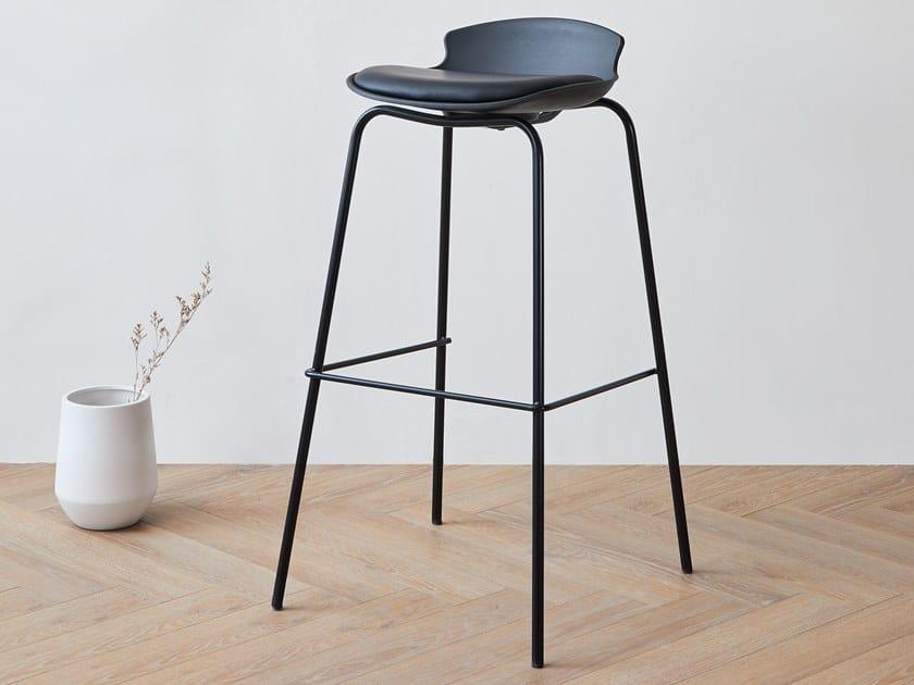 High polypropylene stool and steel base DASH | Stool by Grado Design