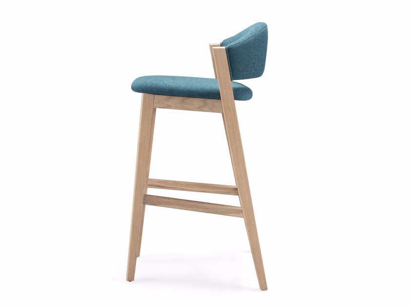 High stool with footrest CARAVELA | Stool by Wewood