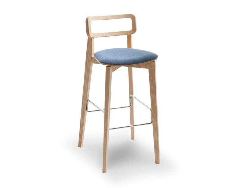 High stool with integrated cushion ARIANNA | Stool with integrated cushion by Passoni