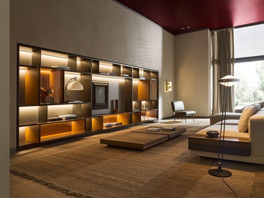 Parete attrezzata componibile in legno con illuminazione integrata 505 UP SYSTEM | Parete attrezzata by Molteni & C.