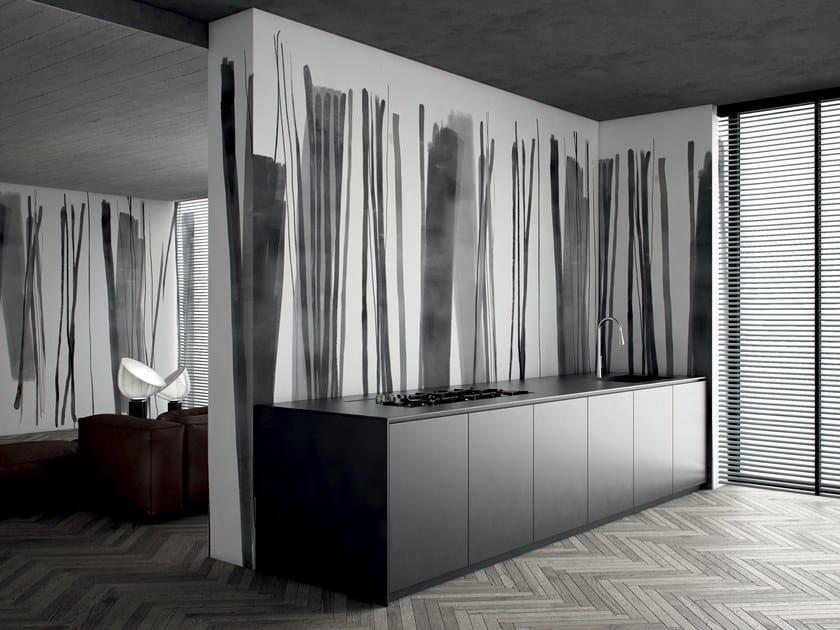 Striped wallpaper STRIPES by GLAMORA