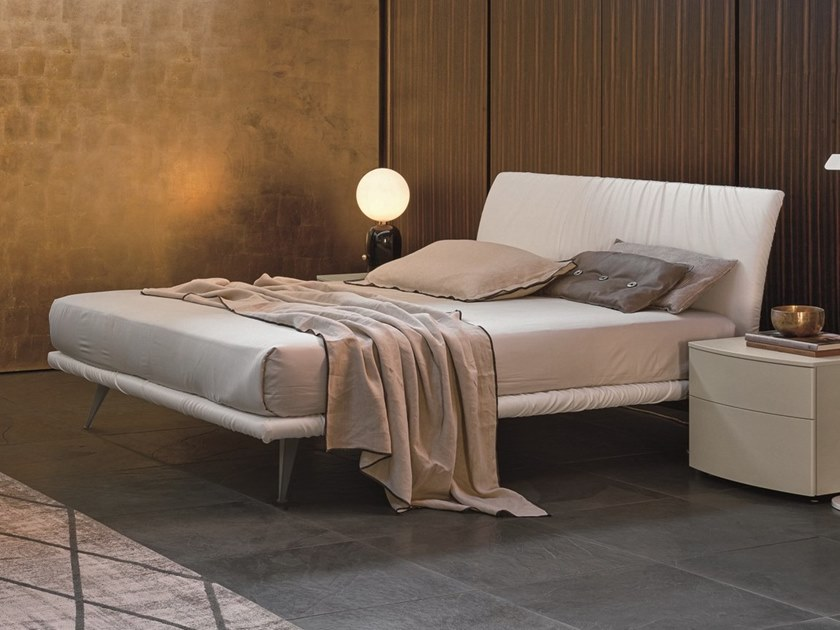 Upholstered fabric double bed STROPICCIO | Fabric bed by Gruppo Tomasella