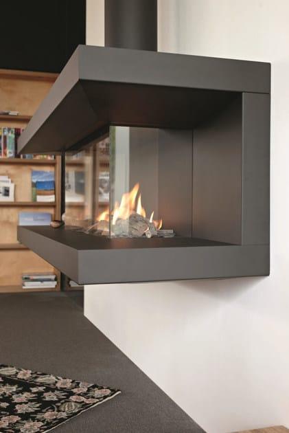 open steel fireplace with panoramic glass stûv c 200 tulp