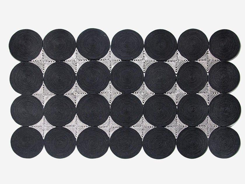 Handmade rope rug SUN by OLTREFORMA