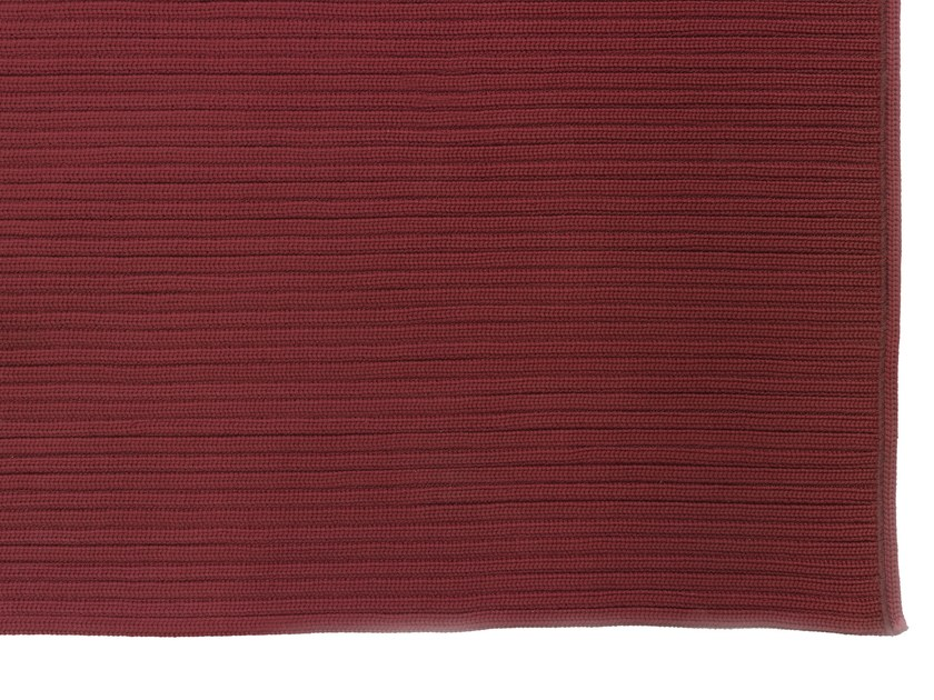 Solid-color blanket SUNBEAM by Smania