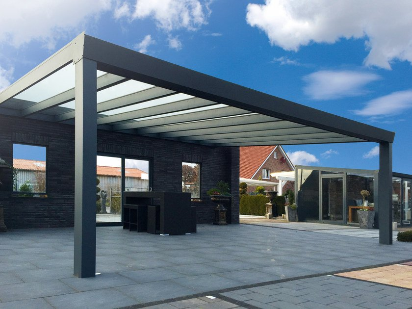 Wall-mounted polycarbonate pergola SUPERIOR by Gardendreams