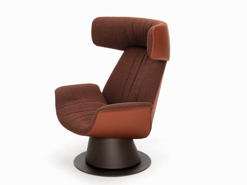 ILA | Swivel armchair
