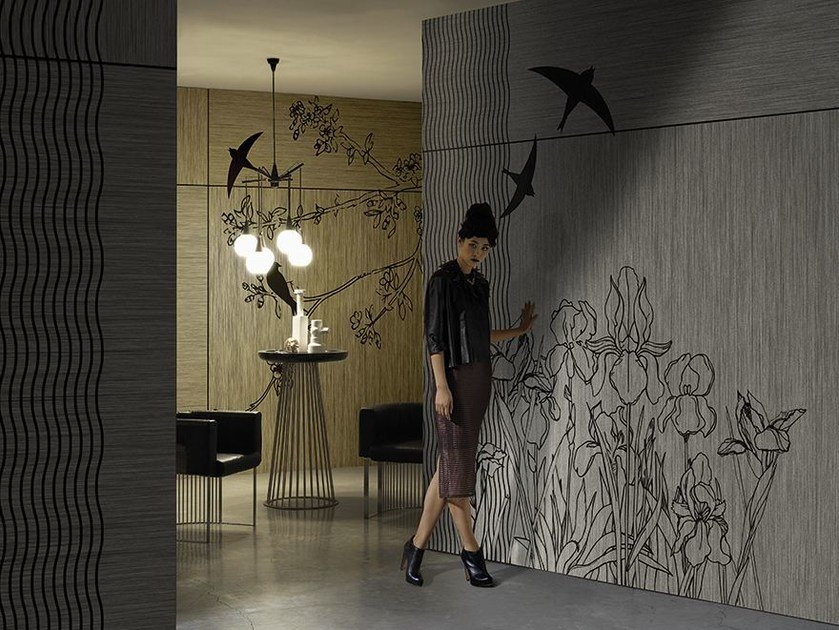 Wallpaper with floral pattern STILL HERE by Wall&decò