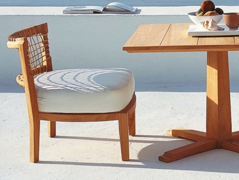Armchair in teak and cushion in acrylic fabric SYNTHESIS | Easy chair by Unopiù