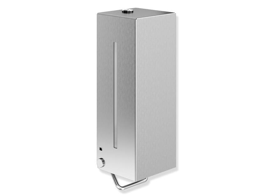 Dispenser sapone a muro in acciaio inox SYSTEM 900 | Dispenser sapone by HEWI