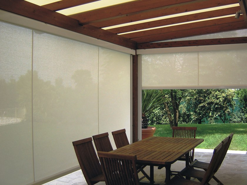 Box roller blind with guide system T.2T FREE by Fanani